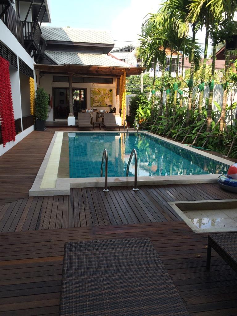 Tranquil pool area at Baan Huen Phen
